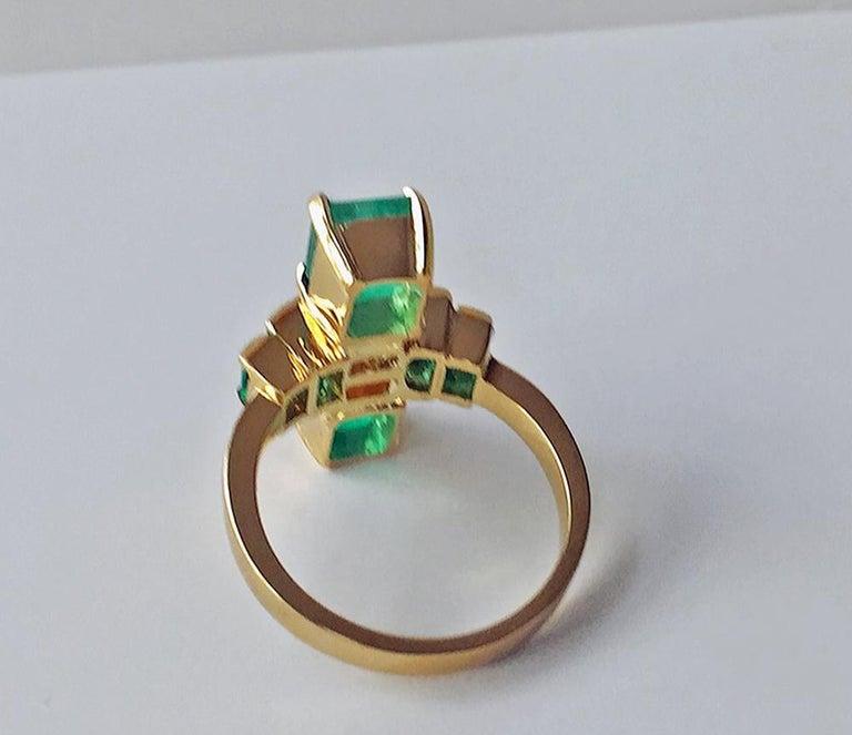 4.24 Carat Fine Colombian Emerald Diamond Art Deco Style Ring 18K For Sale 3