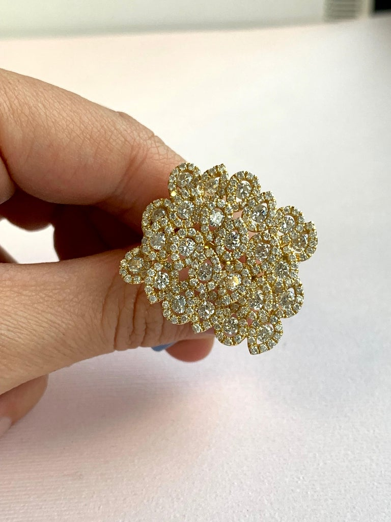 Round White Diamond Pear Shape Halo Fashion Cocktail Ring 18K Yellow Gold For Sale 6