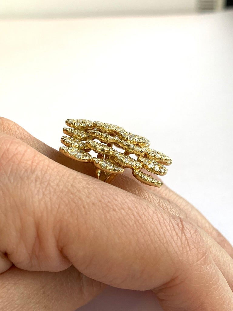 Round White Diamond Pear Shape Halo Fashion Cocktail Ring 18K Yellow Gold In New Condition For Sale In GREAT NECK, NY