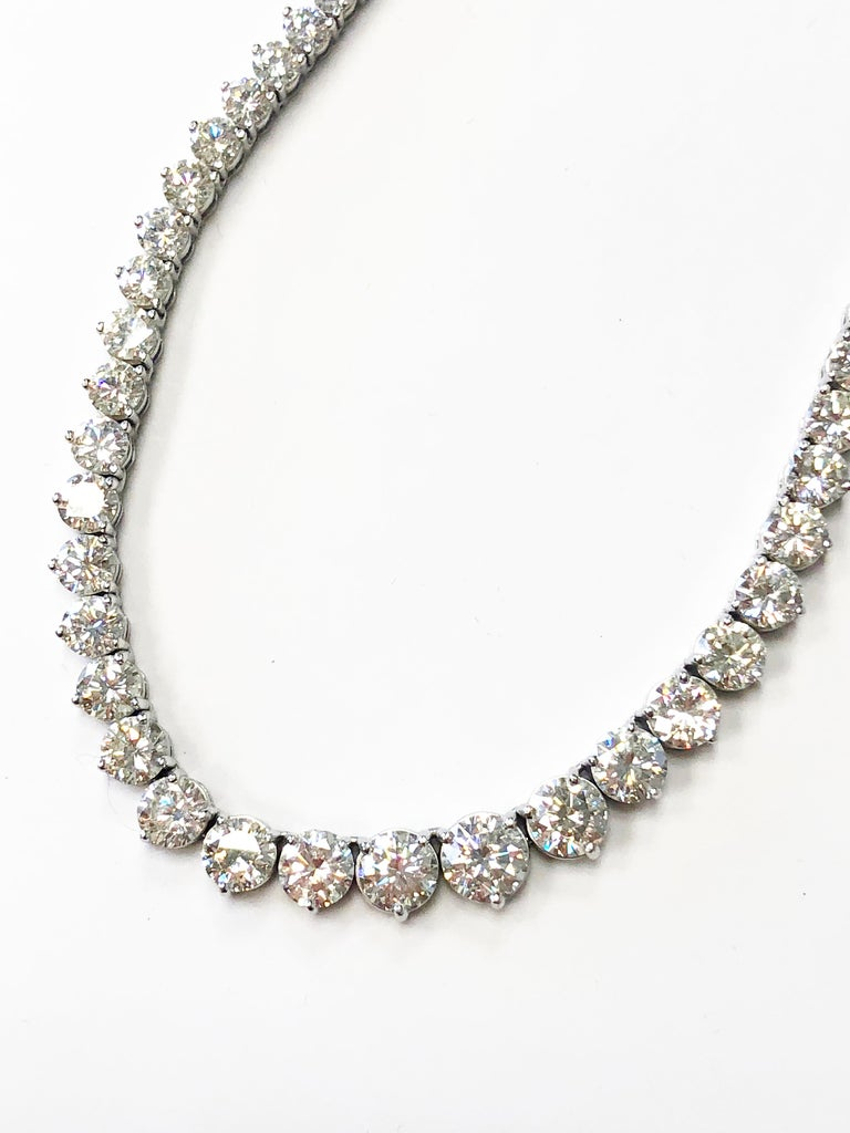 43 Carat Riviera Necklace in 18 Karat White Gold In New Condition For Sale In Los Angeles, CA