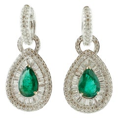 4.3 Ct Emerald Drops, 5.10 Ct White Diamonds, 18 Karat Gold Level-Back Earrings