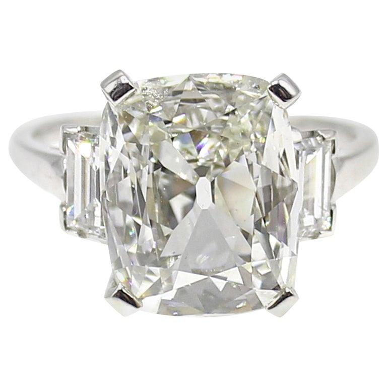 Cushion Cut Art Deco Diamond Platinum