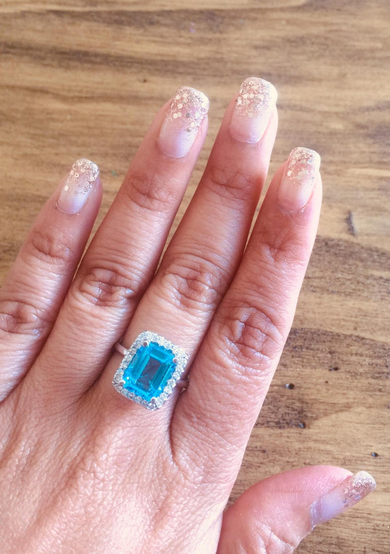 4.35 Carat Blue Topaz Diamond 14 Karat White Gold Cocktail Ring In New Condition For Sale In Los Angeles, CA