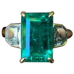4.35 Carat Colombian Muzo Emerald and Diamond Engagement Ring