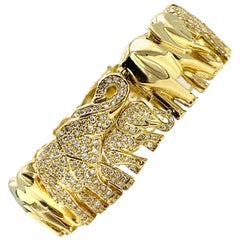 4.38 Carat Round Brilliant Pave Diamond Alternating Elephant 18K Gold Bracelet