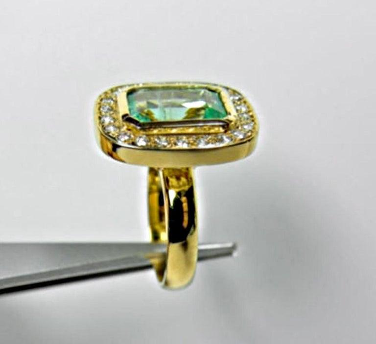4.40 Carat Emerald Cut Colombian Emerald Diamond Halo Ring 18 Karat Gold For Sale 5