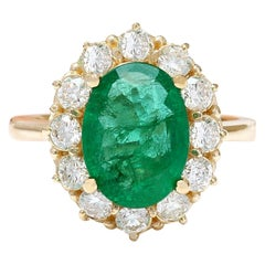 4.40 Carat Natural Emerald 18 Karat Solid Yellow Gold Diamond Ring