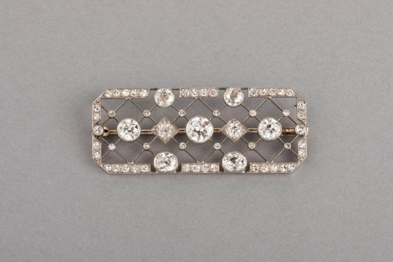 4 Carats French Art Deco Diamond Brooch  Very beautiful Diamond Brooch, made in France circa 1920. The design