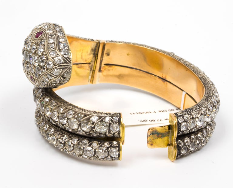 Old Mine Cut 44.00 Carat Diamond Bangle Serpent Bracelet in 18 Karat Yellow Gold and Silver For Sale