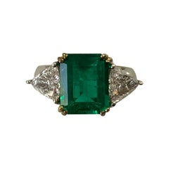 4.42 Carat Colombian Emerald and Diamond Ring