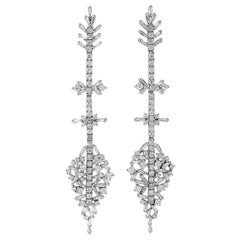 4.45 Carat Diamond 18 Karat Gold Arrow Earrings
