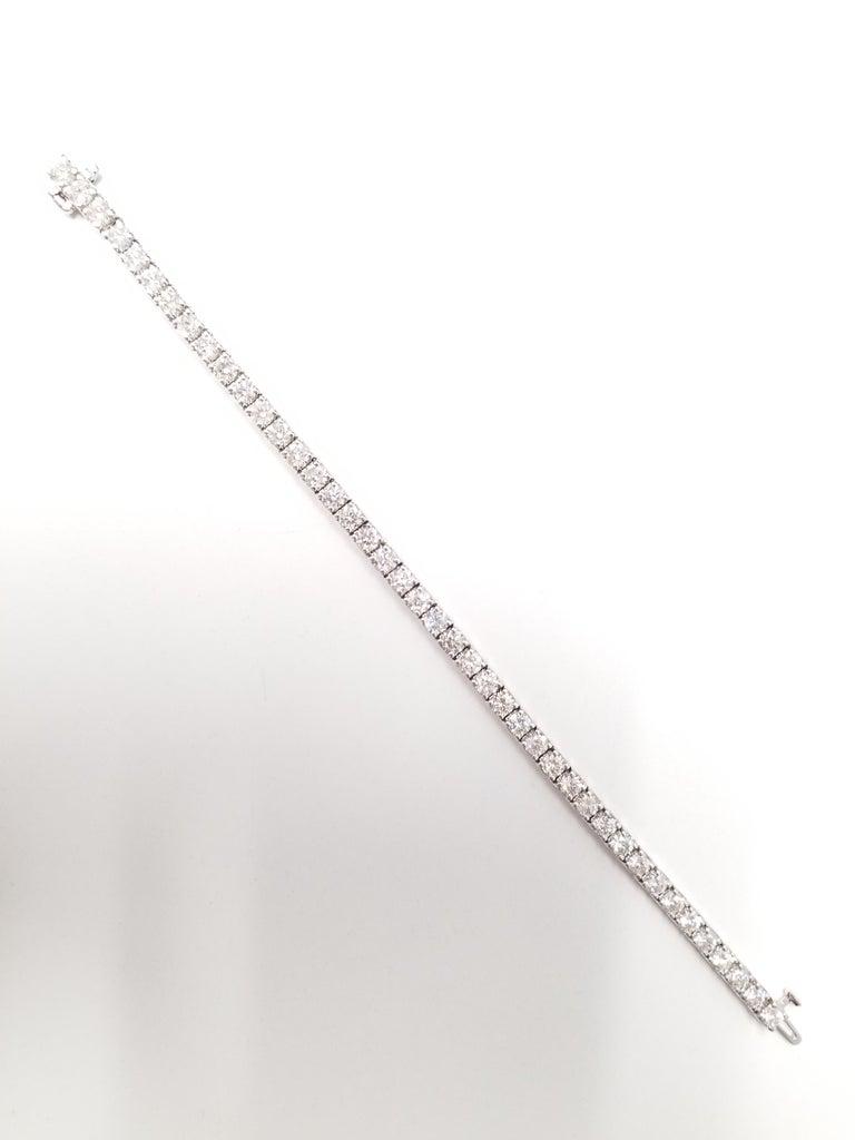 Round Cut 4.46 Carat Round Brilliant Cut Diamond Tennis Bracelet 14 Karat White Gold For Sale