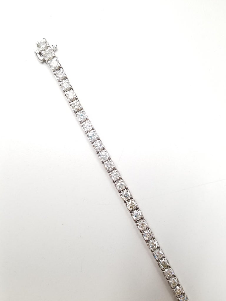 4.46 Carat Round Brilliant Cut Diamond Tennis Bracelet 14 Karat White Gold In New Condition For Sale In New York, NY