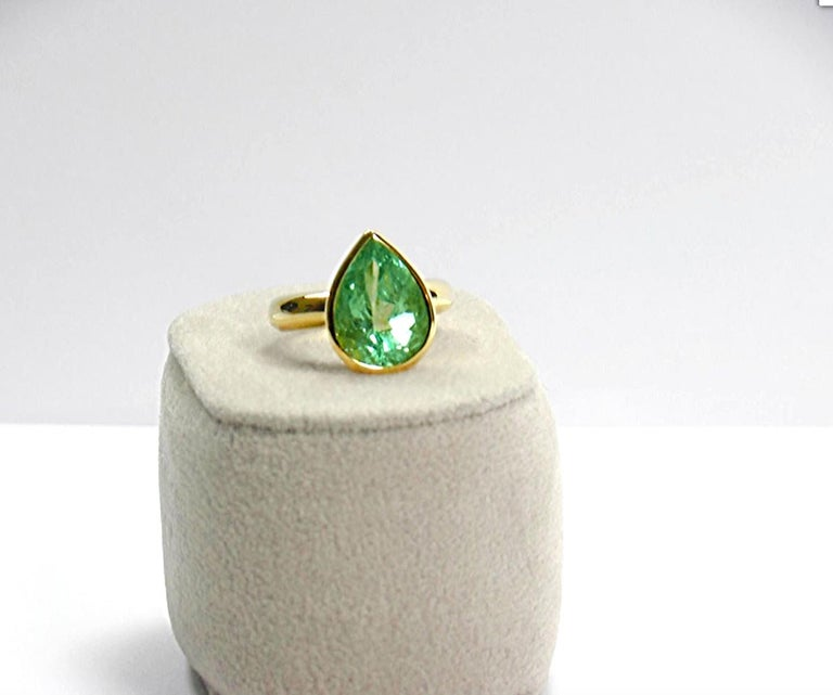 4.5 Carat Pear Cut Natural Colombian Emerald Solitaire Ring 18 Karat In New Condition For Sale In Brunswick, ME