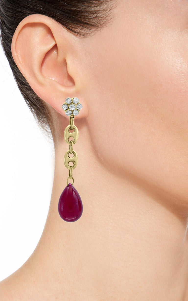 45 Carat Ruby Drop and Diamond Hanging/Chandelier Earrings 14 Karat Yellow Gold For Sale 2
