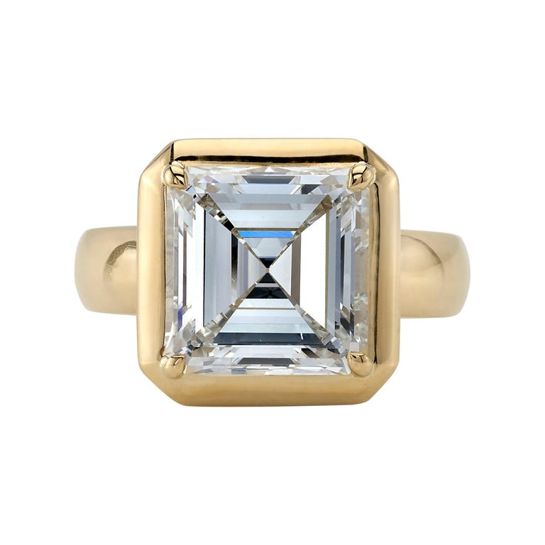 4.51 Carat Asscher Cut Diamond Set in a Handcrafted Yellow Gold Engagement Ring For Sale