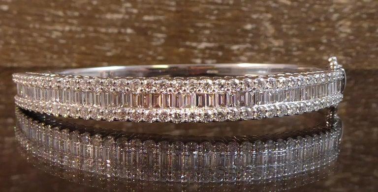 4.51 Carat Diamond Bangle, 2.17ct Baguette Cut, 2.34ct Brilliant Cut, White Gold For Sale 5
