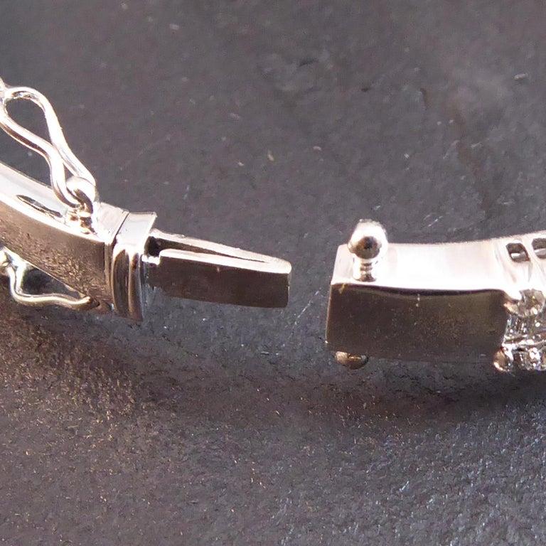 Women's 4.51 Carat Diamond Bangle, 2.17ct Baguette Cut, 2.34ct Brilliant Cut, White Gold For Sale