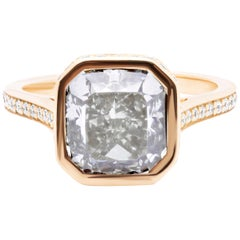 4.55 Carat Very Light Gray Radiant Cut Diamond 18K Yellow Gold Engagement Ring