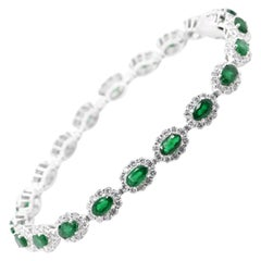 4.55 Carats, Natural Emeralds and Diamond Tennis Bracelet Set in Platinum