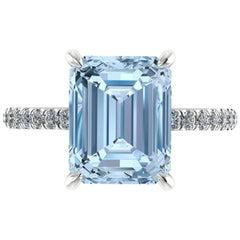 4.56 Carat Emerald Aquamarine Pave Diamond Platinum Cocktail Ring