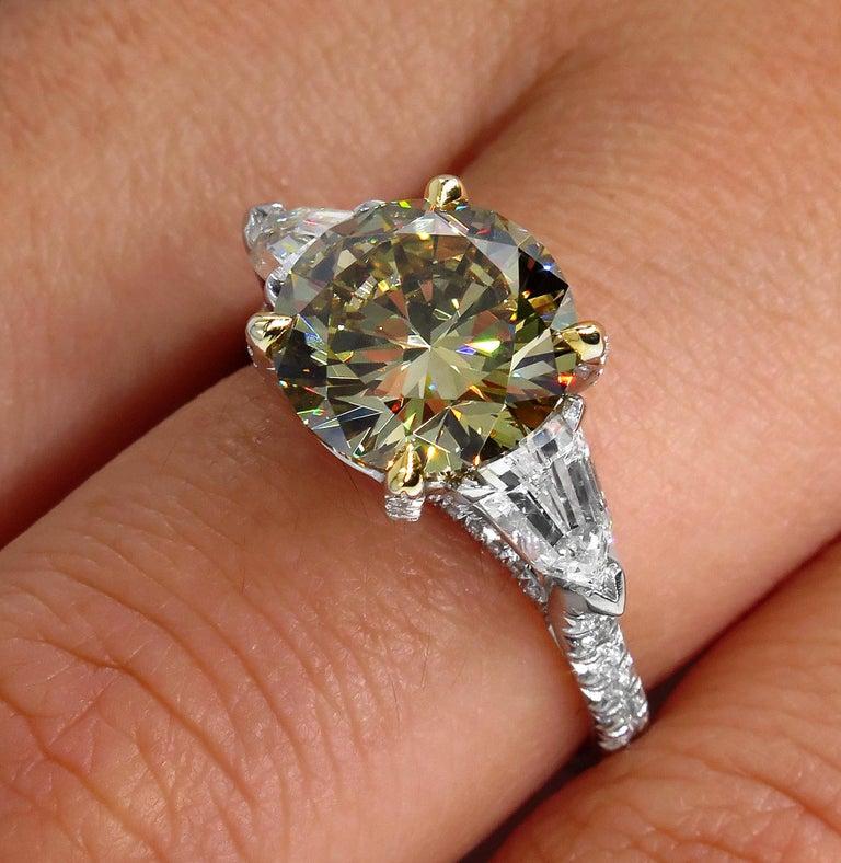 4.58ct Natural Fancy Brown Greenish Yellow Round Diamond 3-Stone Platinum Ring For Sale 8