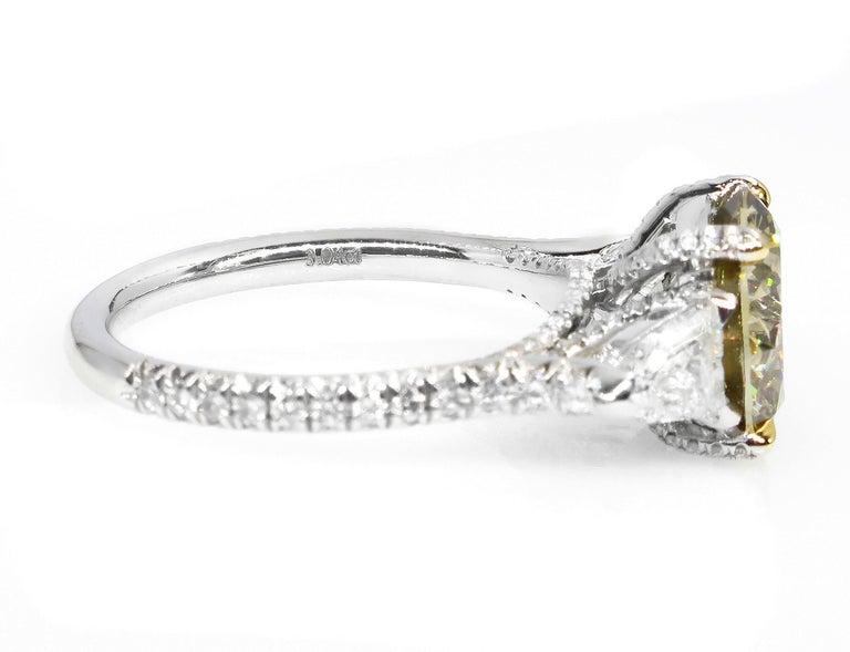 4.58ct Natural Fancy Brown Greenish Yellow Round Diamond 3-Stone Platinum Ring For Sale 3