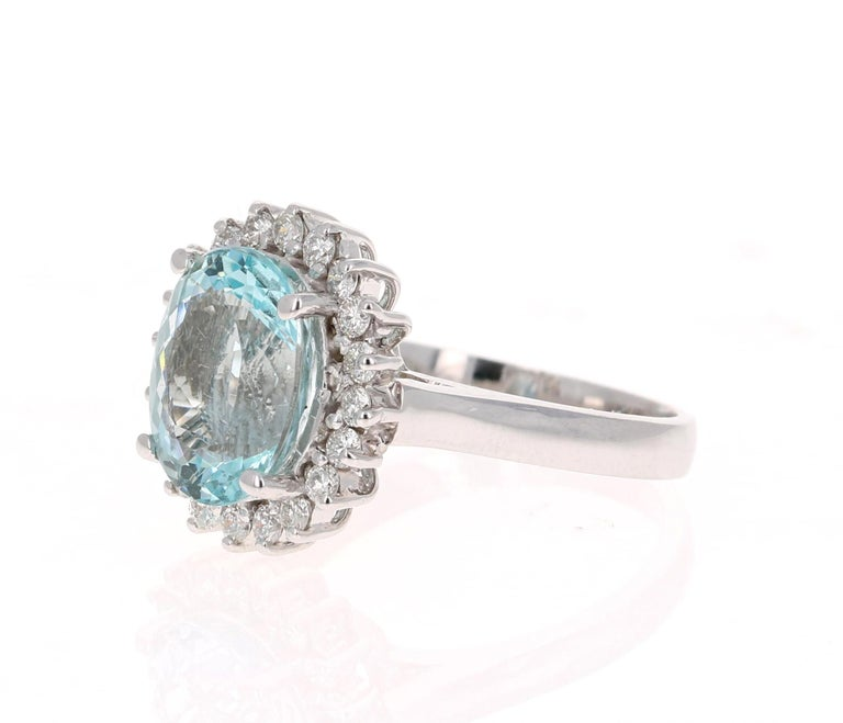 Late Victorian 4.59 Carat Aquamarine Diamond 14 Karat White Gold Ring For Sale