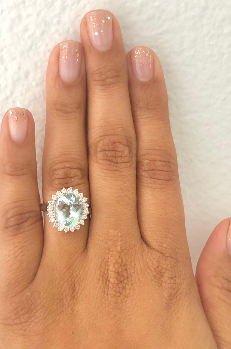 4.59 Carat Aquamarine Diamond 14 Karat White Gold Ring In New Condition For Sale In Los Angeles, CA