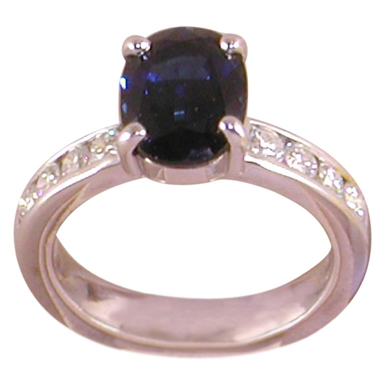 4.60 Carat 18 Karat White Gold Diamond Sapphire Engagement Ring For Sale