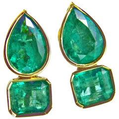 4.60 Carat Magnificent Natural Emerald Earrings 18 Karat Gold