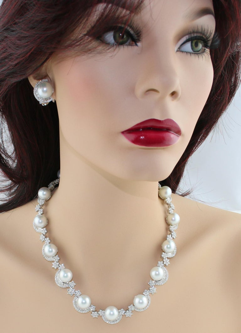 46.00 Carat Diamond and South Sea Pearl Gold Necklace Earrings Bracelet Set For Sale 2