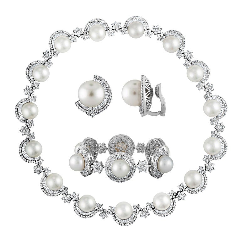46.00 Carat Diamond and South Sea Pearl Gold Necklace Earrings Bracelet Set For Sale
