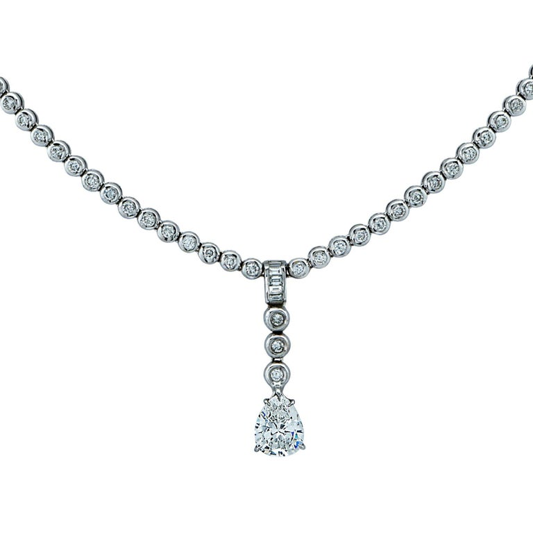 4.60 Carat Diamond 18 Karat White Gold Dangle Necklace