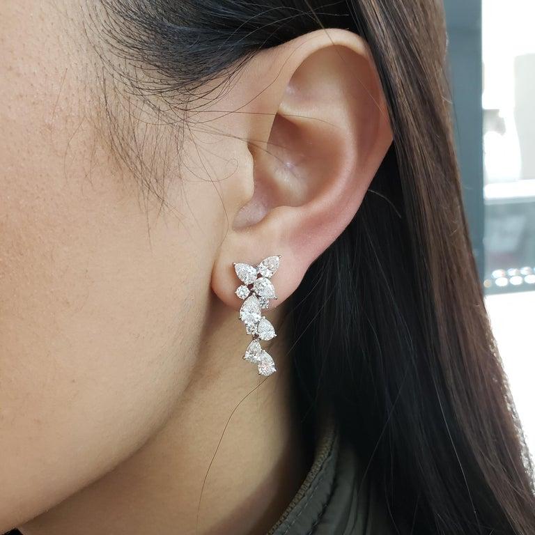 Contemporary 4.63 Carat Pear Shape Diamond Drop Earrings For Sale