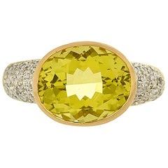 4.65 Carat Lemon Quartz and Diamond 18 Karat Yellow Gold Ring