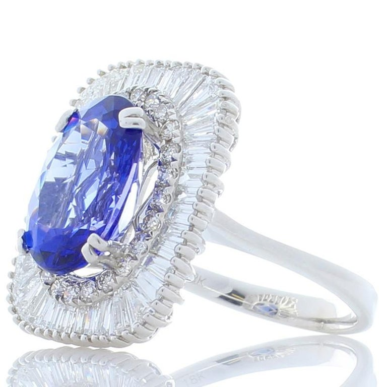 Oval Cut 4.66 Carat Oval Tanzanite and Diamond Cocktail Ring in 18 Karat White Gold For Sale