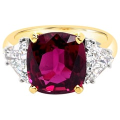 4.66 Carat Ruby and Diamond Ring in 18 Karat Yellow Gold and Platinum