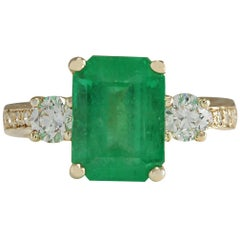 4.70 Carat Natural Emerald 18 Karat Yellow Gold Diamond Ring