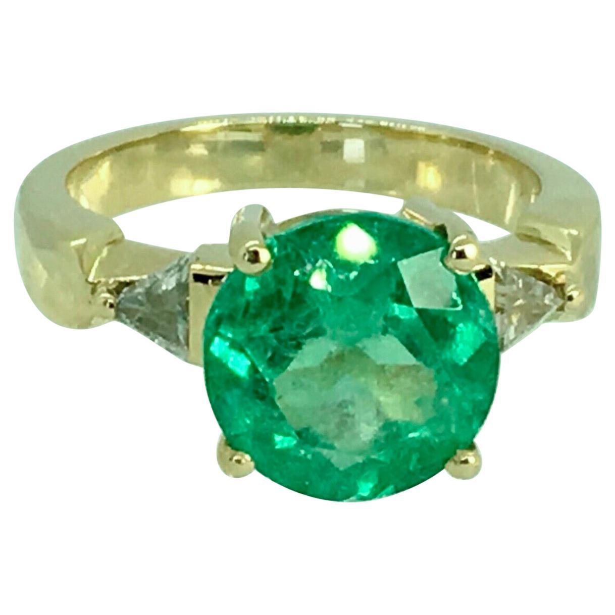 4.70 Carat Round Colombian Emerald Diamond Engagement Ring 18 Karat Gold