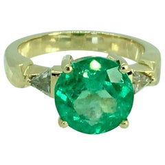 4.70 Carat Round Colombian Emerald Diamond Engagement Ring 18 Karat Gold