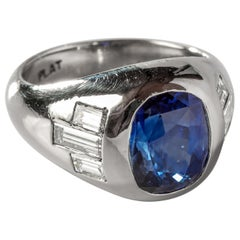 4.71 Carat Ceylon Sapphire Ring with Diamonds in Platinum circa 1950s Certified