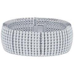 47.13 Carat Round Brilliant Cut Prong-Set Diamond Bracelet in 18 Karat Gold
