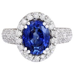 4.75 Carat Sapphire 18 Karat White Gold Diamond Ring