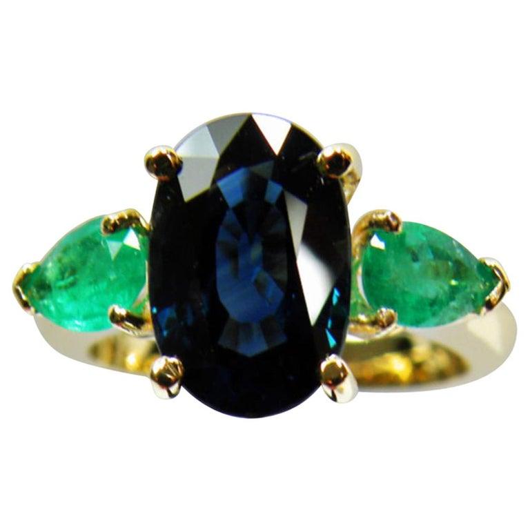 4.77 Carat Natural Cobalt Blue Sapphire & Colombian Emerald Engagement Ring 18K For Sale