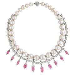 477 Carat Pearl Necklace in 18 Karat Gold with Diamonds and Pink Tourmaline