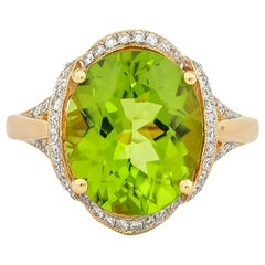 4.8 Carat Peridot and Diamond Ring in 18 Karat Yellow Gold