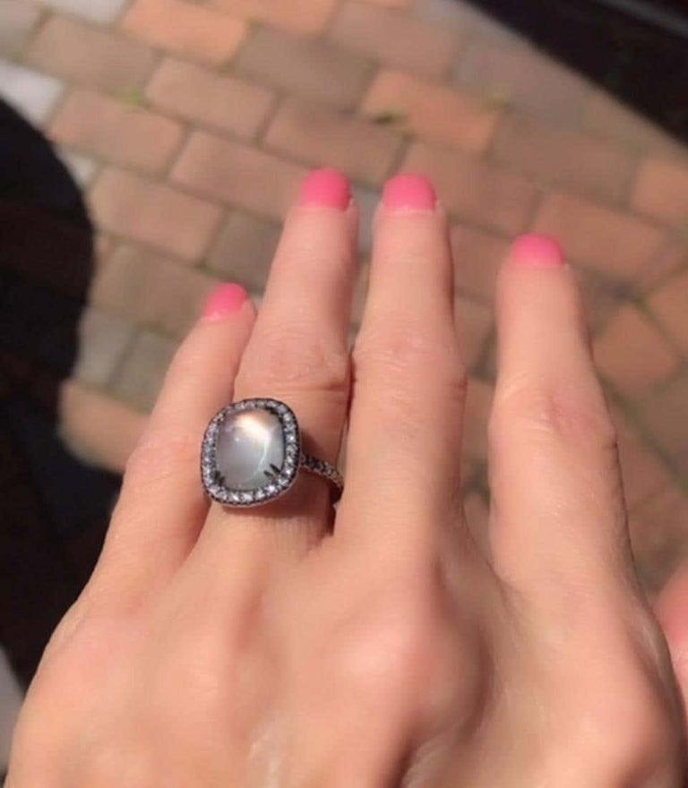 4.80 Carat Rainbow Moonstone & Diamond 18 Karat White Gold Ring For Sale 4