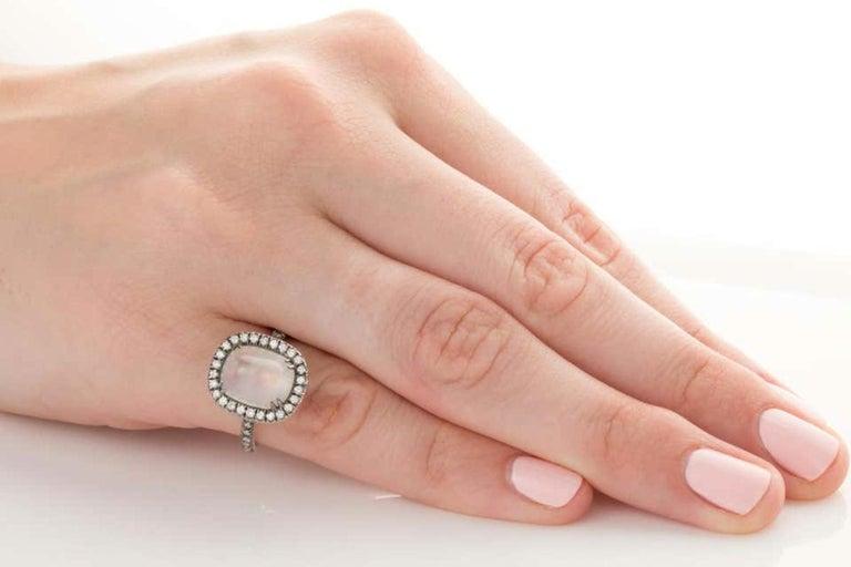 4.80 Carat Rainbow Moonstone & Diamond 18 Karat White Gold Ring For Sale 6