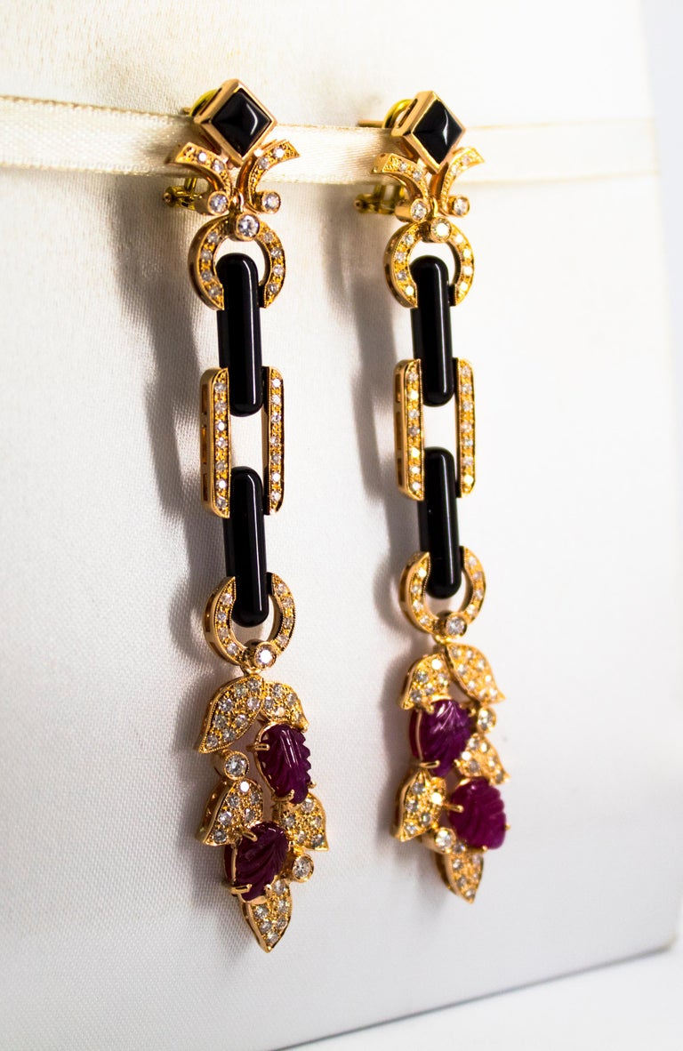 4.80 Carat Ruby 1.76 Carat White Diamond Onyx Yellow Gold Clip-On Drop Earrings For Sale 8